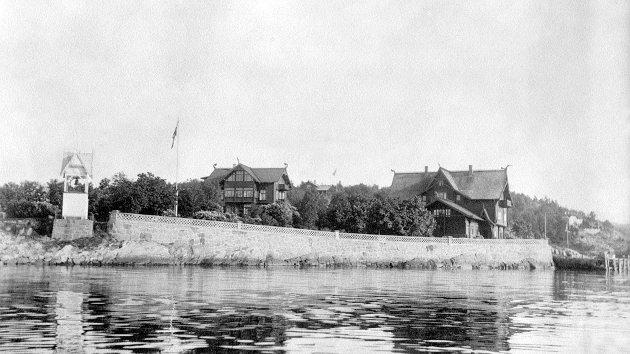 Hotell og tåkeklokke, ukjent årstall, men garantert helt på starten av 1900-tallet.