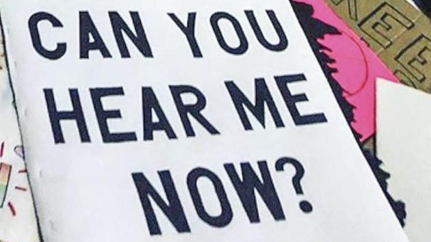 GRENSE: Hvordan defineres høvelig adferd og hvor går grensene mellom trakassering og i den ytterste konsekvens overgrep, er spørsmål Laila Strand stiller etter at #metoo har nådd Norge med stor styrke.