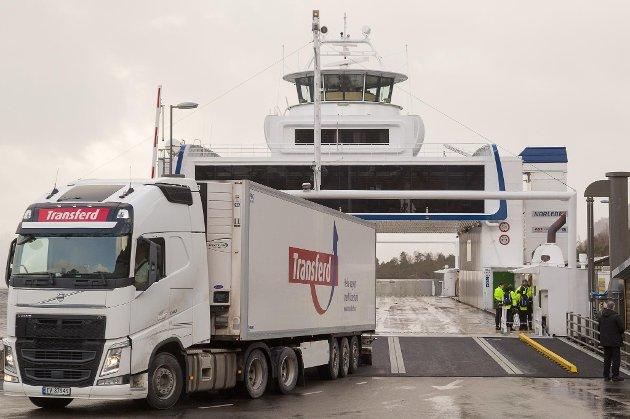 AUKE: Vi står foran en ny vinter hvor stadig flere lastebiler skal gjøre det farlig langs norske veier. Prognoser fra Nasjonal transportplan (NTP) viser at vi kan regne med 70 prosent flere lastebiler de neste 30 årene, skriv artikkelforfattarane.