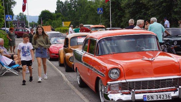 Bil-, motor- og markedsdag i Brandbu.