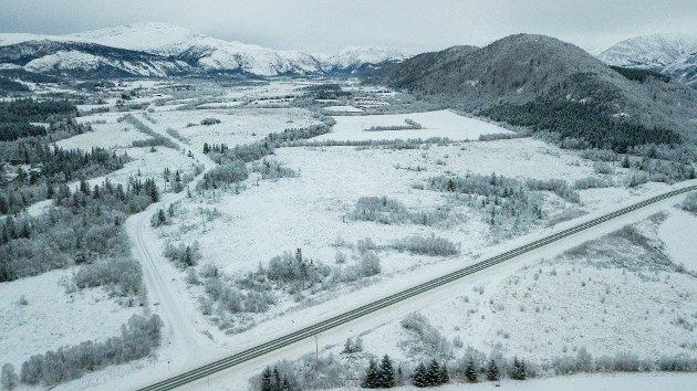 TOVÅSEN: Her sett fra luften en vinterdag. Her ønsker skribenten at et nytt sykehus skal bygges.