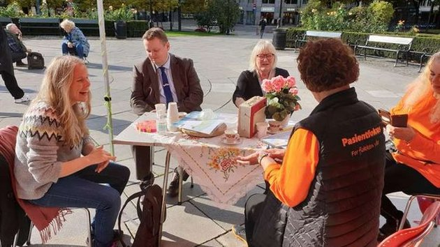 SV og AP i Finnmark vet hva som skal gjøres for at syke folk blir ivaretatt.  I stede for så støtter de markedsøkonomiske prinsipper som teller kroner og ører og ikke gode liv for Finnmarks befolkning.