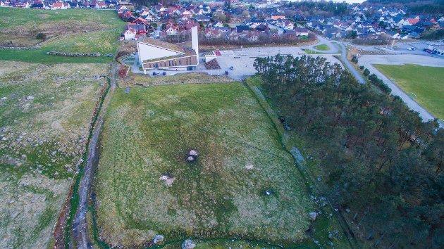 TOMT ER KJØPT: Klepp kommune har for lengst kjøpt tomt til gravplass ved Frøyland og Orstad kyrkje. (Arkivfoto)