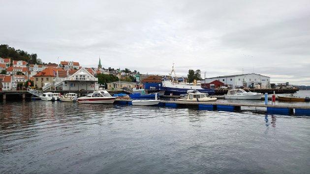 Havnefronten Fossen Utliggere Båter Kragerø sentrum