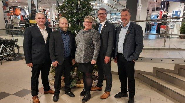Vi er stolte over hvordan de ansatte i kommunen, innbyggerne og næringslivet har løst utfordringen i 2020, skriver  kommunestyregruppa i Nærøysund Frp.