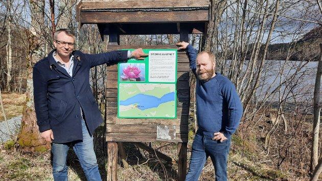 Men til syvende og sist så er det bare en blomst som er verdig å være kommuneblomst i Nærøysund.Europas vakreste ville vekst som den også er blitt kalt,den RødeNøkkerosen, skriver Terje Settenøy (til venstre) og  Morten Haugerøy  i Nærøysund Frp.