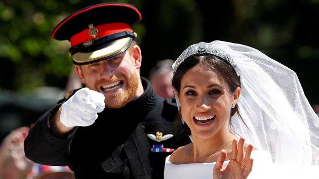 Prins Harry og hertuginne Meghan på bryllupsdagen.
