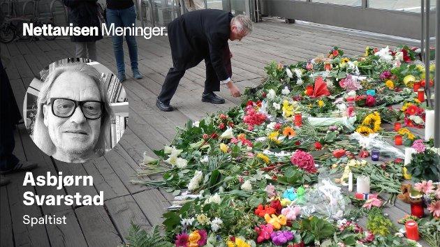 MENGDER MED BLOMSTER:  Dagen etter Utøya, begynte berlinerne å oppsøke den norske ambassaden i Berlin med blomster og kranser - som til slutt ble et helt fjell.