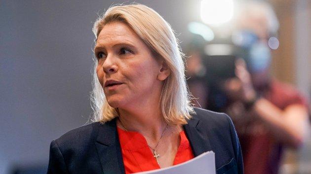 Sylvi Listhaug tar et oppgjør med insinuasjoner og påstander som rettes mot Frp, i kjølvannet av tiårs-markeringen av 22. juli.