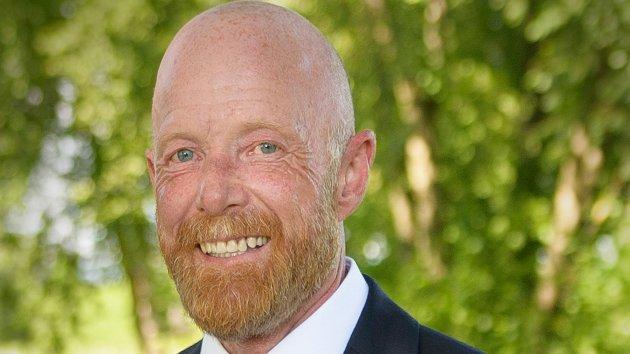 REAGERER STERKT: Alexander Ramse Olsen, leder av Frp Stor-Elvdal, mener Arild Rønsen sporer helt av i sin 22. juli-debatt
