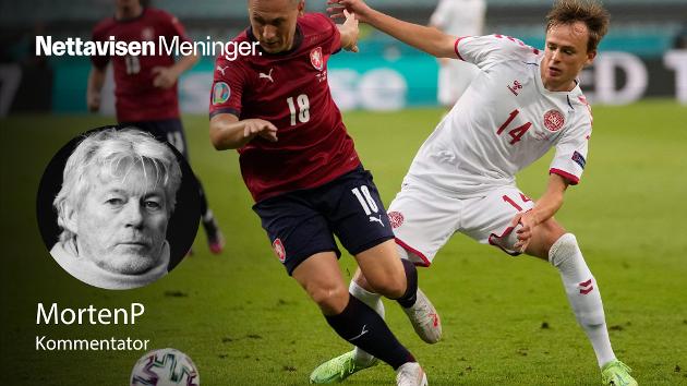 Danmarks Mikkel Damsgaard under kampen mot Tsjekkia lørdag.