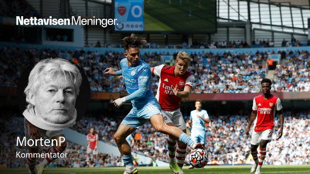 MARERITT I MANCHESTER: Martin Ødegaard i duell med Manchester Citys Jack Grealish.