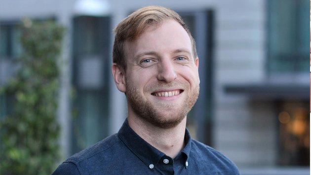 VET LITE: Anders Skyrud Danielsen, Folkehelseviter og epidemiolog stiller spørsmål ved håndteringen av korona-pandemien.
