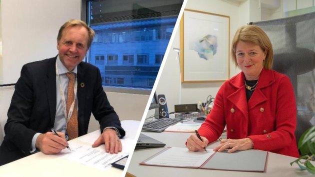 Uit-rektor Anne Husebekk og Skift-sjef Bjørn K. Haugland signerer avtalen tidligere i høst.