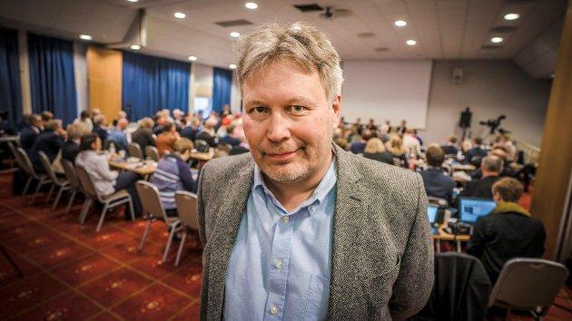 """Det er ikke mulig å være hverken enig eller uenig i mange av kommentarene fra Fjellheim, hvis man samtidig stiller krav til logisk sammenheng. Han skyter i alle retninger, med god teft for hva som trigger """"likes"""" i kommentarfeltene og på sosiale medier, skriver UiT-professor Kristoffer Rypdal."""
