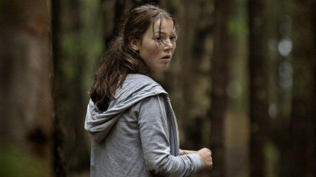 BRUTALT: Andrea Berntzen spiller hovedrollen som 18 år gamle Kaja i Erik Poppes «Utøya 22. juli».