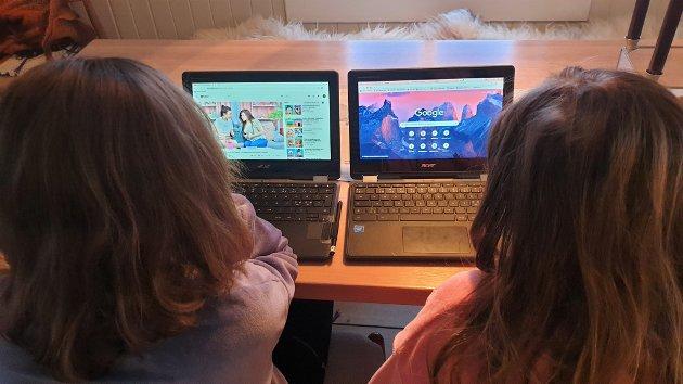 OVERVÅKING: – Lærere har muligheten til å se og overvåke alle elevers skjermer, sier William Thanoothong Svendsen.