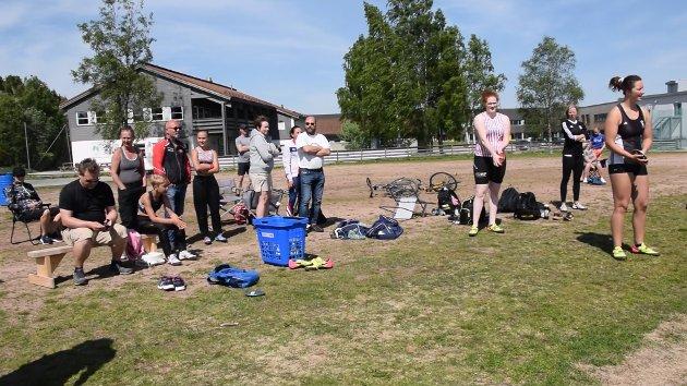 STOR BREDDE: Mange klubber og mange klasser er representert i sesongåpningen på Spikkestad.