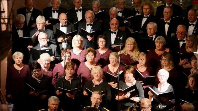 Se et utdrag fra 100 årskonserten til Svelvik Mannskor