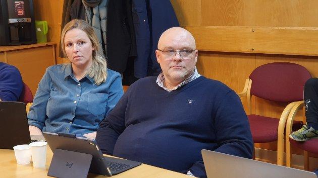 Linda Dalseg Høvik og Stig Anders Ohrvik i Nordmørslista ser ingen annen utvei enn å stille til valg. Igjen.