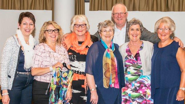 Madame Klær mannekengoppvisning: Bodil Brevik, Irene Nøkleby, Wivi Paulsen, Annbjørg Rognstad, Eivind Hansen og Eva Myhre Astrid Mo