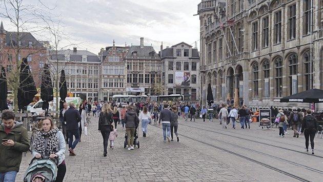 – Levende byliv: Når jeg går gjennom Bergen, opplever jeg en stillere by, og et bybilde som i stigende grad preges av tomme butikklokaler. Må det bli slik? spør Hans Jacob Roald, og mener vi bør se til byen Ghent i Belgia.