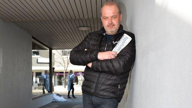 REDAKTØR: Knut Bråthen.