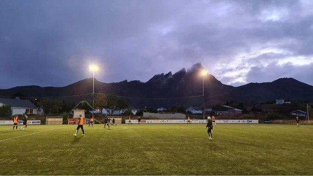 Ballstad Stadion i Lofoten
