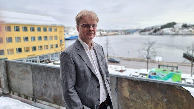 Arne Grødahl mener sosialdemokratiet er en helhetstenkning. Derfor vil han bruke tiden fram mot stortingsvalget for å kjempe for en ny regjering. Som i størst mulig grad styrer i sosialdemokratiets retning.