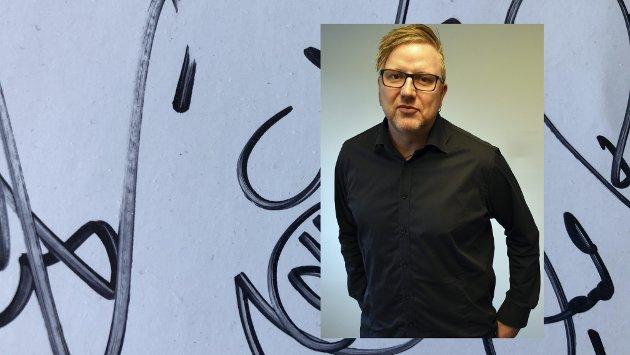 PÅ LETING: Tom Erik Rønningen er journalist i Tønsbergs Blad, og forteller at han er på leting etter en helt spesiell lapp fra 90-tallet.