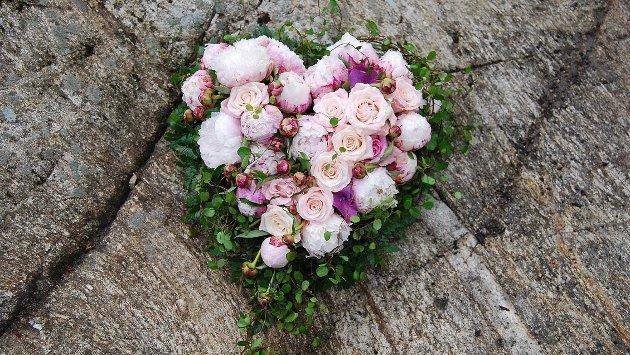 - Jeg vil minnes deg med evig kjærlighet, skriver May Tone Nilsen i dette minneordet over Greta Sætermo. Illustrasjonsfoto