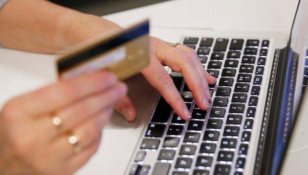 – Bør gjøres enklere: Innsenderen mener kjøpsloven bør endres for å bli enda mer klargjørende med hensyn til både selger og kunde. Illustrasjonsfoto: NTB scanpix