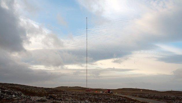 Riving av Loran-C i Berlevåg.