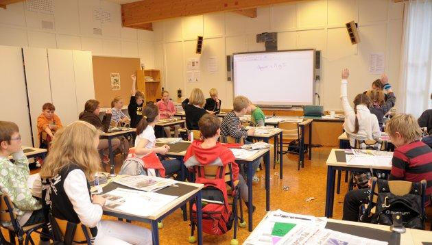 Spør: Hva mener de ulike partiene i Ringerike om skolen? spør Mons-Ivar Mjelde. Illustrasjonsfoto: Mari Persson