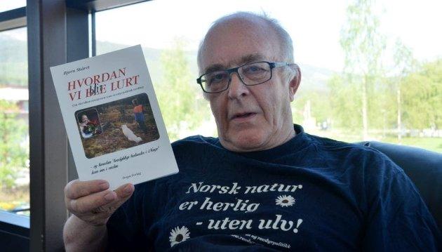 Artikkelforfatter Bjørn Skåret ga ut bok om det politiske spillet bak norsk rovviltforvaltning i 2016.
