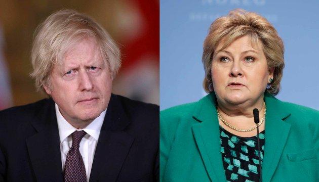 Englands statsminister Boris Johnson og Norges statsminister Erna Solberg.
