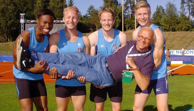 LIF vant 4x100-meter stafett. NM Tønsberg 2013. Svein Johnsen var trener. De som sikret gullet, og nesten norgesrekord, var Sondre Mulongo Nystrørm, Mikael Rosenberg, Tormod Hjotnæs Larsen og Håkon Morken.