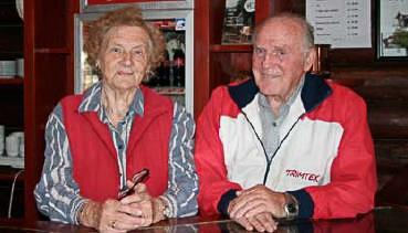 DØD: Ellen Sofie Køhn har gått bort i en alder av 93 år. Hun døde fredag 31. juli. Her sammen med sin ektemann, avdøde Frits Køhn