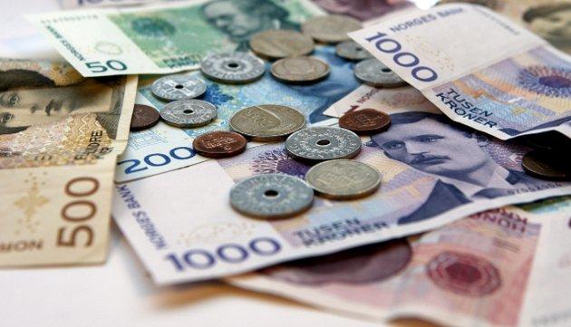 PENGER: Vekk med sedler og klingende mynt.Foto: Scanpix