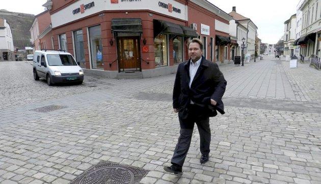 AVGIFTER: - Det er ikke rart det blir overskudd med skyhøye skatter og avgifter, mener Henrik Rød i Halden Frp.
