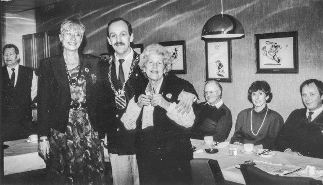 Lærer Else Kirkeng (t.v.), Arild Eriksen og lærer Lilian Damgård, Løken Ungdomsskole januar 1991