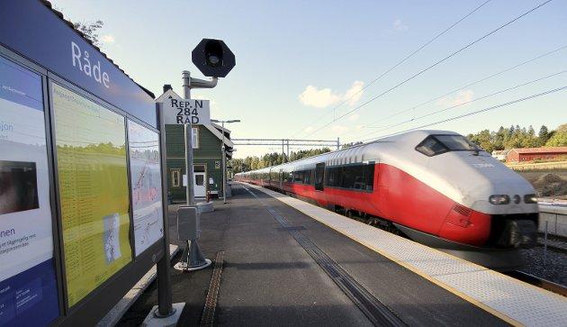 Stopp: –Østfold Arbeiderparti krever at arbeidet med å gjennomføre Intercity holder fram, skriver Stein Erik Lauvås på vegne av Østfold Arbeiderparti.