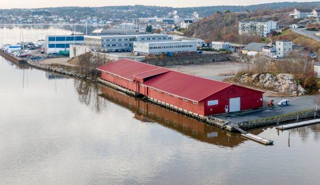 Trelastlageret på Bruket skal nå rives og Sleipner skal bygge nye lokaler på tomta.