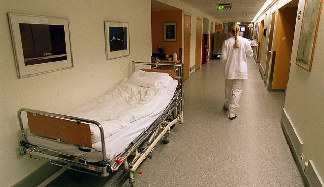 HELSE: Det er et paradoks at verdens beste helsevesen og tidenes sunneste befolkning, har hatt et historisk høyt sykefravær gjennom flere tiår, skriver Marte Larsdatter Flatvad og Aud Ramberg.
