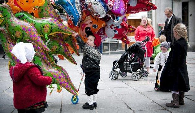 Forrige lørdag stod Erling Gjelsviks innlegg «En hyllest til gassballongen» på trykk i BA. Reaksjonene lot ikke vente på seg.