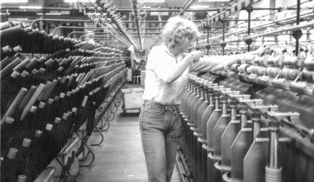 Hovland Ullvarefabrikk: Helga Leonardsen. 100 ansatte i full produksjon