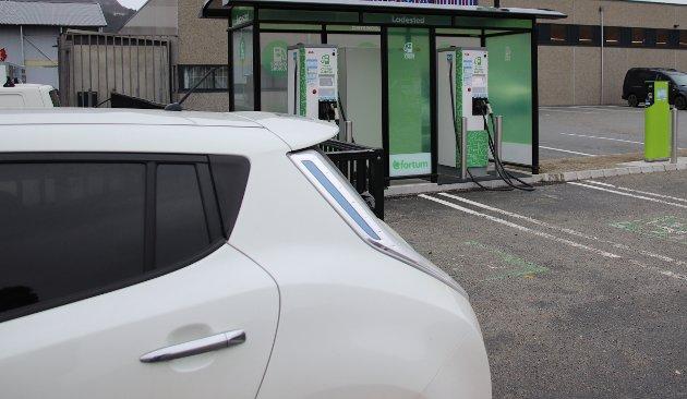 PROBLEM?: Mange ryfylkinger har kjøpt elbil, for å spare penger ved pendling gjennom Ryfast. Det gjør at nedbetalingen gjennom bompenger ikke helt går etter planen.
