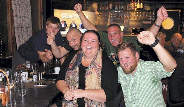 JUBELKVELD: Valgkvelden ble en jubelkveld for Kari Heggelund (Sp) og hennes meningsfeller i Åsnes. Men det er også grunn til å glede seg stort over at valgoppslutningen har økt til dels betydelig i våre kommuner.