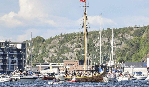 Båtkortesjen: Det blir vanskelig å tenke seg båtkortesjen uten Gaia – men det må vi. Bildet er fra fjorårets begivenhet. Men hva med neste år?Foto: Flemming Hofmann Tveitan