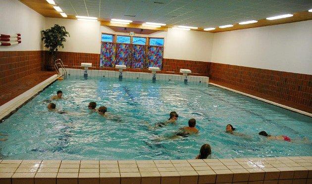 Jenter og gutter skal omgås på en naturlig måte. Da er ikke kjønnsdelt svømming løsningen.